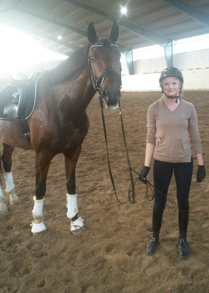 Sofie och hennes träningskompis Sanchous e: Sandreo-Dionysos född- 09. Uppf: Ulrika Jacobs